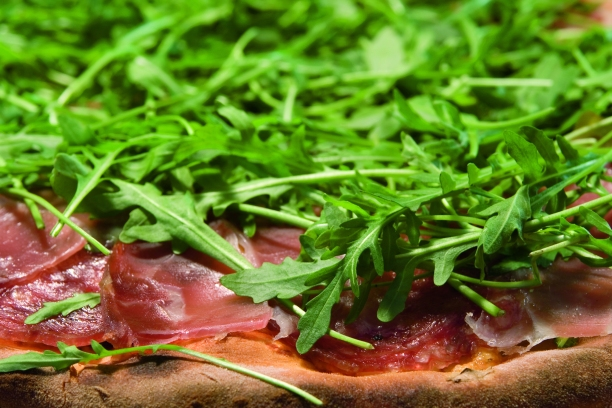 make arugula pizza